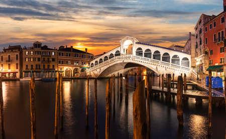 The Rialto bridge panorama at sunset, Venice, Italy 版權商用圖片