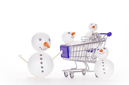 snowman shopping cart Stock Photo - 15975222