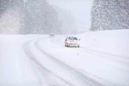car snow traffic Stock Photo - 16589962