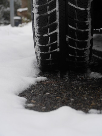 tires which leave tiretracks in the snow photo