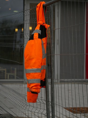 nonworking: nonworking time on a building site