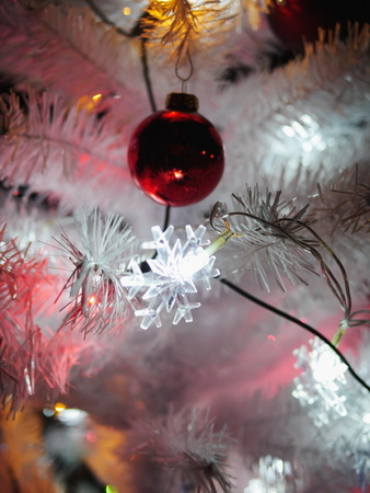 artificial lights: Beautiful christmas tree with decorative christmas ball