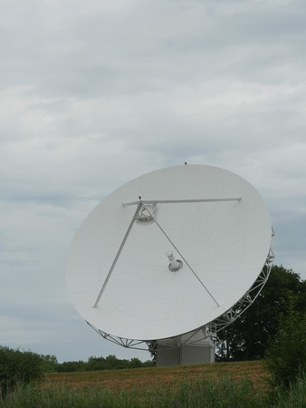 通信: 衛星通信アンテナ 写真素材