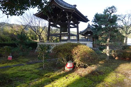 The garden and the bell tower of Shinchion-in