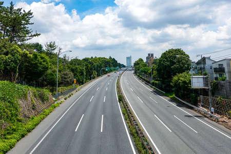 Tomei Expressway extending toward the city center