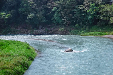 The clear stream of the Tama River from Atsumi Bridge (Ome City, Kamano-no-Kei Park)