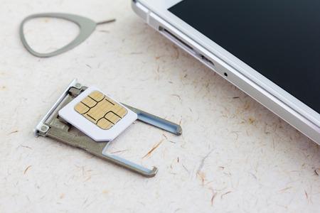 SIM-Karte SIM-Werkzeug und SIM-Fach Standard-Bild - 40587101