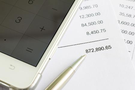 Close-up van ontvangst papier. Boodschappen lijst