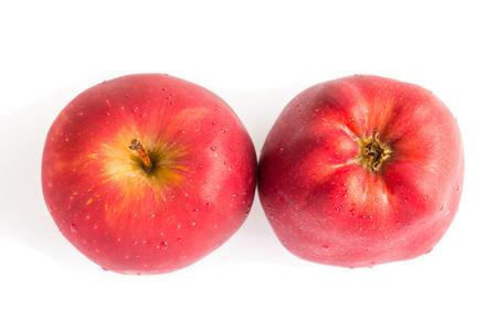 pomme rouge: top view pomme rouge sur fond blanc