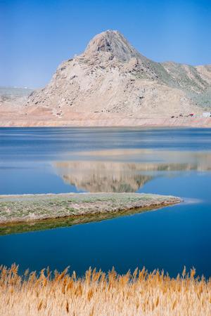 Urumqi Swan Lake Imagens - 96686705