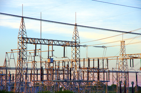 High voltage electric transfer station