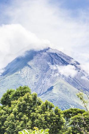 vulcano: Concepcion Vulcano smoking, Ometepe Island,Rivas, Nicaragua