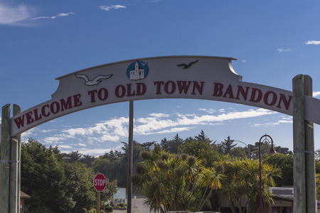 coquille: Old Town Bandon sign,  Marina, Coquille River meets the Pacific Ocean,Bandon,Oregon.USA. Editorial
