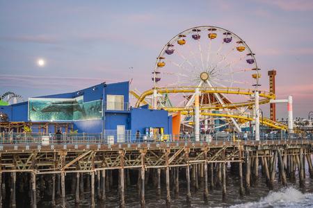 monica: Santa Monica pier Pacific Wheel, Santa Monica,CA. USA,