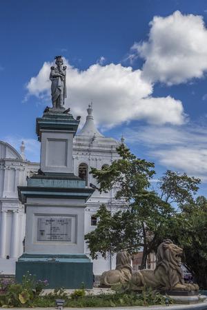 maximo: Maximo Jerez statue at Leon central park, Leon, Nicaragua. Editorial