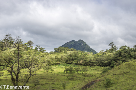 Twin Peak at Peñas Blancas Massif natural reserve,  Jinotega, Matagalpa, Nicaragua Imagens