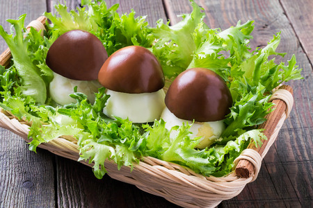 farci: Original appetizer of stuffed eggs in the form of porcini on lettuce leaves