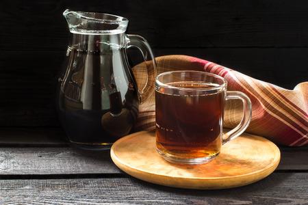 Traditionelle Russische Getränk Kwas Aus Brot, Roggen Malz, Zucker ...