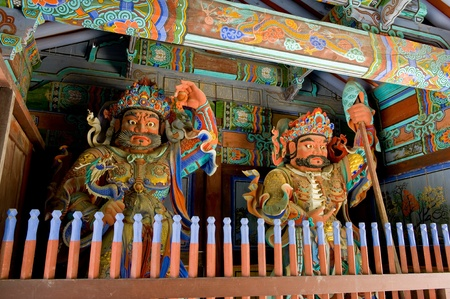 Guardian Demons at the Gates of Buddhist Sinheungsa Temple in Seoraksan National Park, South korea Stock Photo - 10483966