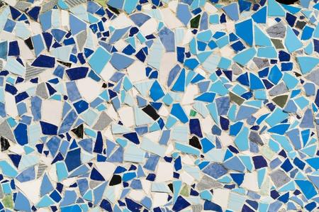 ceramica: mosaico ornamento decorativo de la pared de azulejos de cer�mica rota