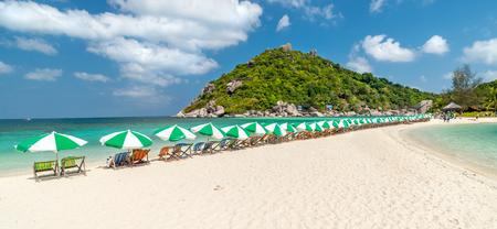 タオ島のナンユアン島の眺め タイ