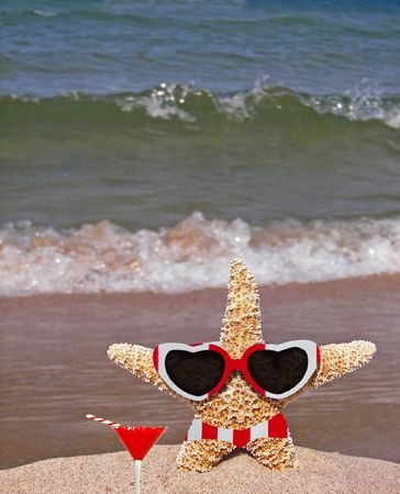 yule tide: Christmas vacation on the beach.