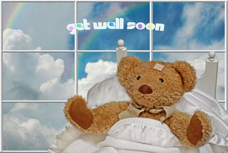 Teddy bear in bed. Stock Photo - 4466400