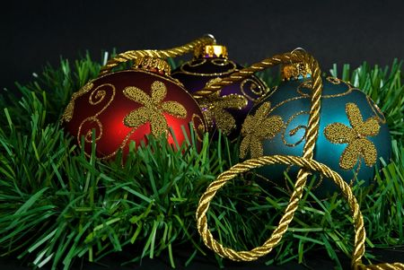 luster: Fancy ornaments with gold rope and garland.