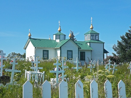 russian orthodox: Russian Orthodox church with cemetery