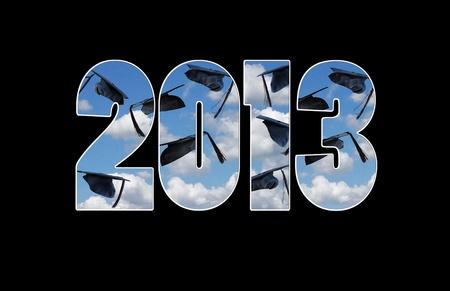 klasse van 2013 afstuderen hoeden in hemel Stockfoto