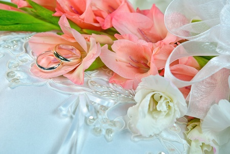 gladiola wedding bouquet with silver rings Stock Photo - 22124529