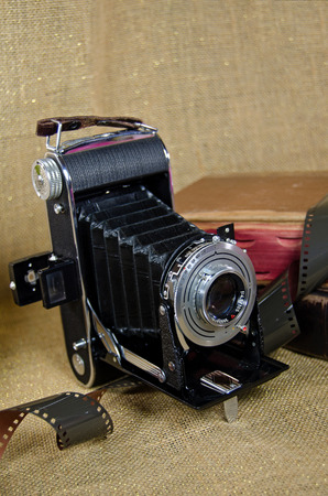 bellows: old-fashioned bellows camera with film Stock Photo