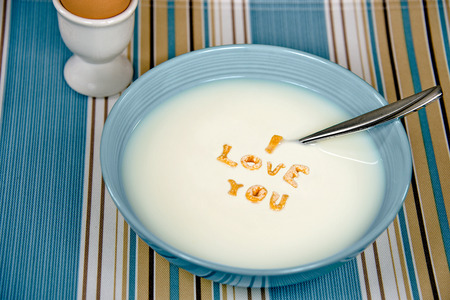 cereal bowl: romantic message in cereal bowl