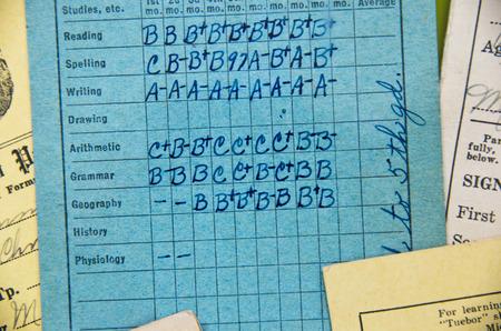 oldfashioned elementary report card Standard-Bild