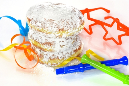 fat tuesday: Fat Tuesday paczki with party horns and star glasses