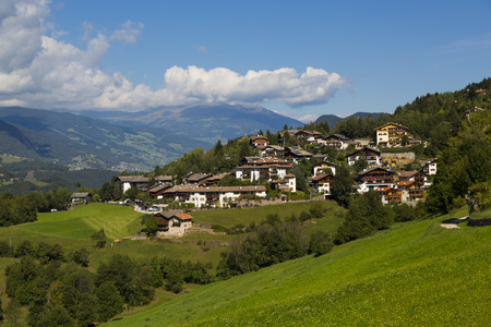 sud tirol: Panoramic view of the of Vols Am Schlern in a sunny day with clouds in the sky Stock Photo