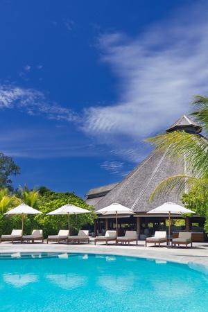 Luxury Resort swimming pool  Stock Photo - 15509377
