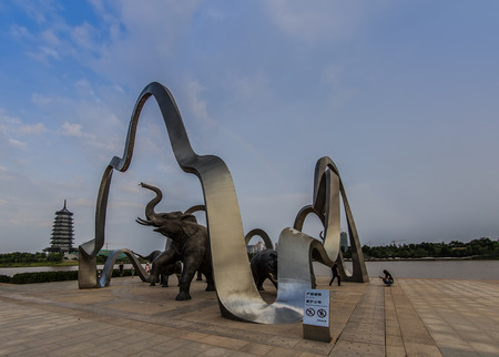 lakeview: elephant sculptures in park
