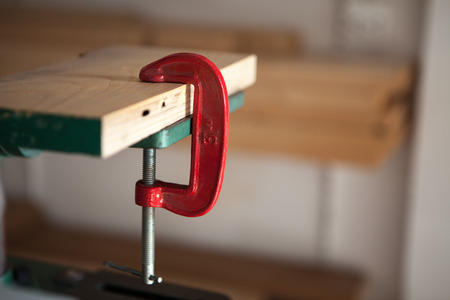 c clamp: Clamp c with tool