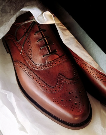 wingtips: Mens brown shoes brand new in box
