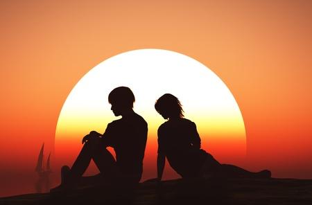 siluetas de enamorados: Siluetas de los amantes en la playa. Foto de archivo