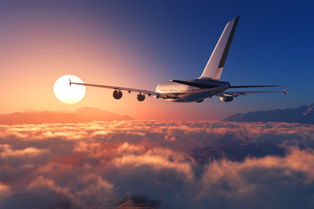 piloto de avion: Avi�n de pasajeros sobre las nubes.