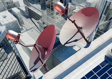 antena parabolica: Antena parab�lica en la ciudad moderna.