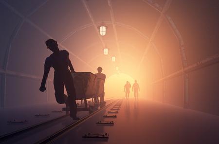 Siluetas de los trabajadores de la mina. Foto de archivo