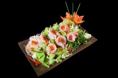sake maki: Shrimps salad