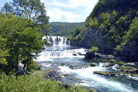 Nationaal park Una, Waterval - Strbacki buk dichtbij Bihac in Bosnië en Herzegovina Stockfoto