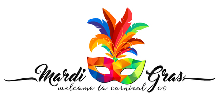 Triangular pattern carnival mask with colorful feathers and calligraphic sign Mardi Gras Vettoriali