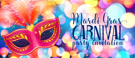 Red carnival mask with feathers on shining bokeh lights, Mardi Gras invitation card template Vettoriali