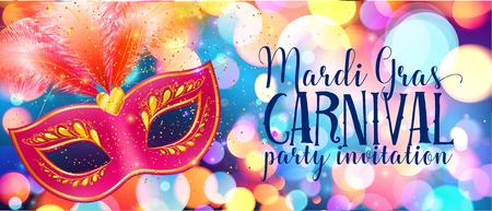 Red masque de carnaval avec des plumes sur lumières brillantes bokeh, modèle Mardi Gras de carte d'invitation