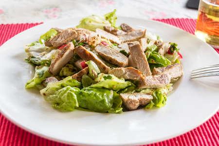 plato de ensalada: plato de ensalada